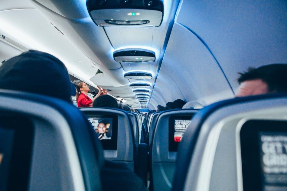 Ryanair schafft Plastikmüll ab.jpg