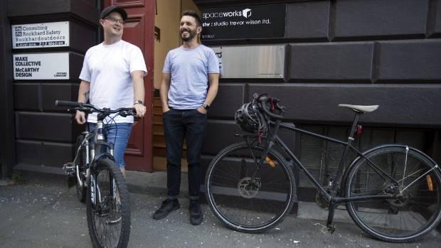 Tim Chesney aus Neuseeland zahlt seinen Mitarbeitern Geld fürs radeln