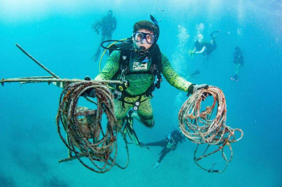 Griechenland kämpft gegen den Plastikmüll Unterwasser