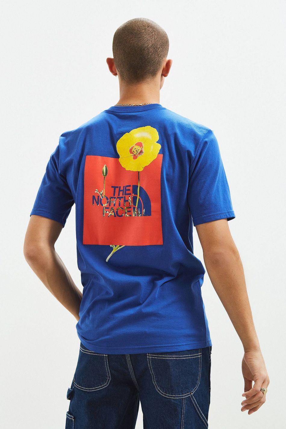 The North Face stellt Shirts aus recycelten Flaschen her