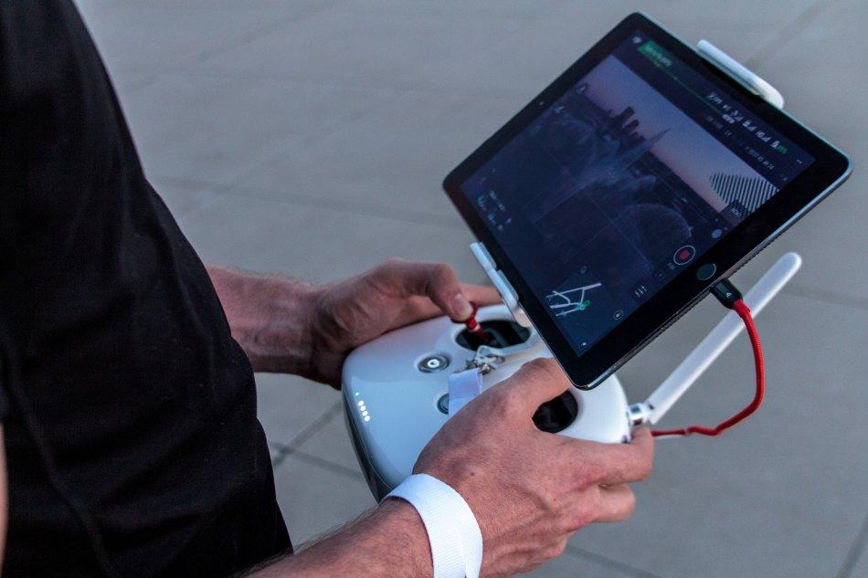 Steuerung von Drohnen wird immer einfacher.jpg
